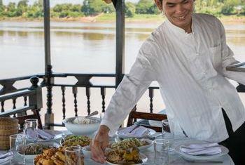 Vat Phou Cruise food 1