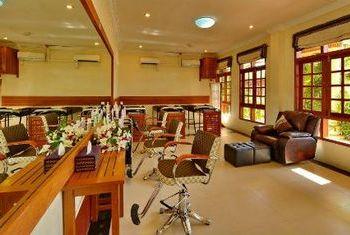 Win Unity Resort Hotel Spa