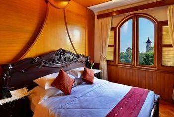 Win Unity Resort Hotel Bed