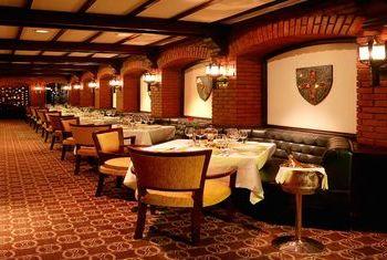 Cinnamon Grand Colombo restaurant