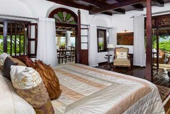 Clingendael Kandy bedroom