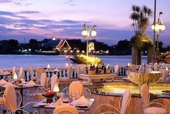 Mandarin Oriental, Bangkok Outdoor Dinner