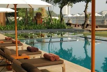 Anantara Chiang Mai Resort private pool