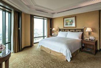 The Peninsula Bangkok  Bedroom