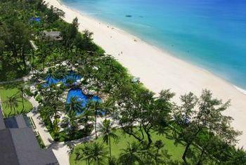 Katathani Phuket Beach Resort beach