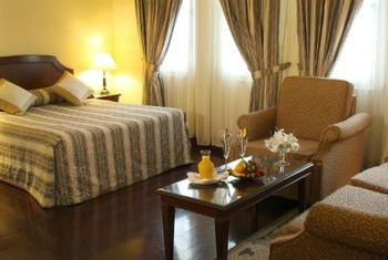Du Parc Hotel Da Lat bedroom 2