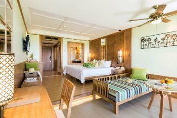 Katathani Phuket Beach Resort bedroom
