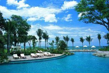 Hyatt Regency Hua Hin pool 2
