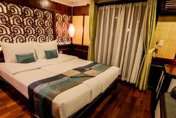 Bhaya Cruise Room