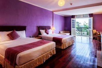 Ngoc Lan Hotel In the Room