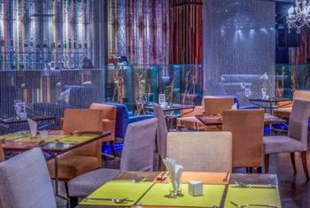 Dream Hotel Bangkok dining 3
