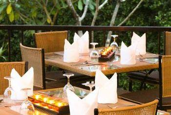 Pimann Buri Luxury Pool Villa Restaurant