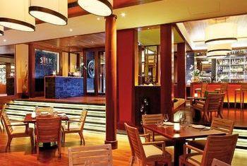 Andara Resorts & Villas Phuket dining