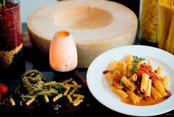 Angsana Laguna Phuket romantic dinner