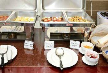 Hotel Grand United (Ahlone Branch) Food 5