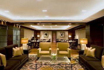 Grand Hyatt Shanghai room
