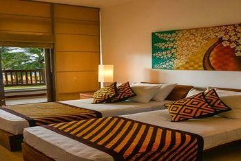 Goldi Sands Hotel  beds