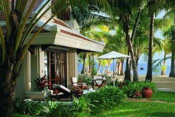 Santiburi Beach Resort & Spa Rooms