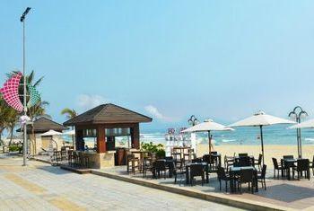 Holiday Beach Danang Hotel & Resort Beach