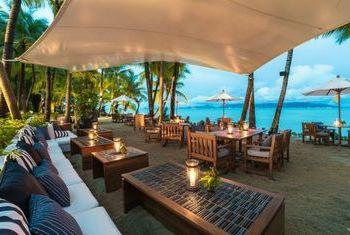 Santiburi Beach Resort & Spa Beach Bar
