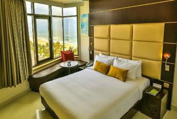 Holiday Beach Danang Hotel & Resort Bedroom 1
