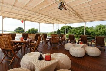 Paukan cruises restaurant