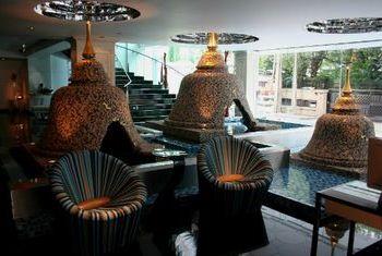 Dream Hotel Bangkok dining 2