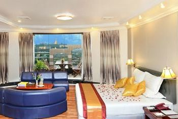Hotel Grand United (Ahlone Branch) Bedroom