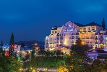 Ngoc Lan Hotel Overview