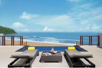 Angsana Lang Co beach view