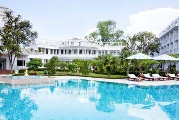 La Residence Hue Hotel & Spa - MGallery by Sofitel Pool