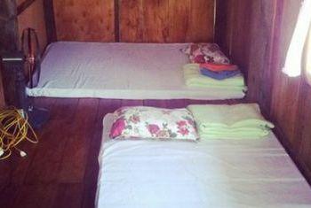 Ba Be Lake View Homestay Beds