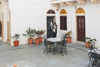 Talabgaon Castle - India Outdoor table