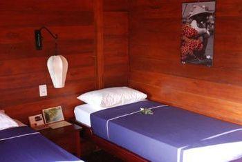 Bassac Cruises bedroom