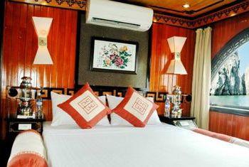 Princess Junk Halong Bay Bed
