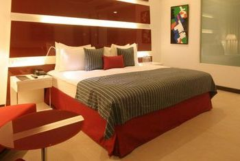 WelcomHotel Dwarka bed