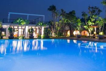 Samanea Resort Pool 1