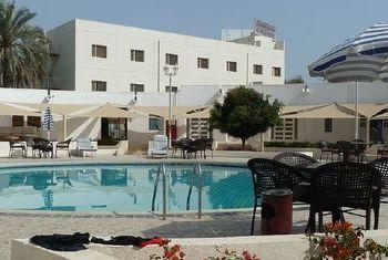 Al Wadi Hotel  overview