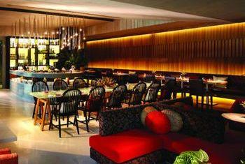 LiT Bangkok Hotel & Residence Bar