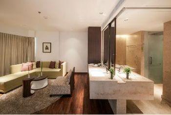 LiT Bangkok Hotel & Residence Suite