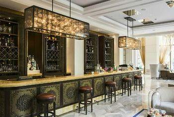 Le Meridien Saigon Bar