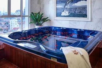 Silk Path Luxury Hanoi Spa