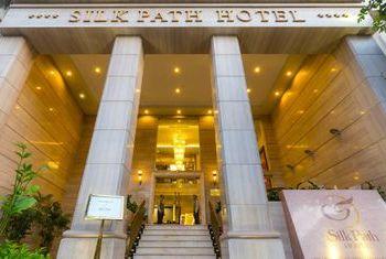 Silk Path Luxury Hanoi Entrance