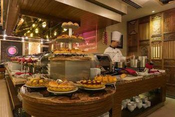 Silk Path Luxury Hanoi Food 1
