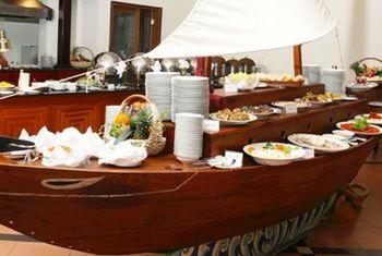Sun Spa Resort Food 4