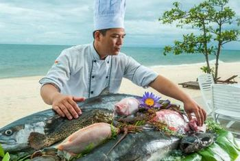 Sun Spa Resort Food 1