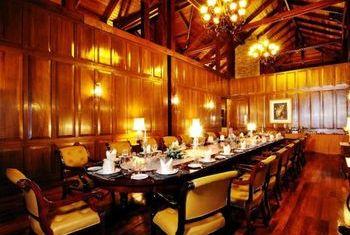 Hotel Pyin Oo Lwin restaurant 2