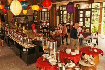 Vinh Hung Resort Restaurant 1