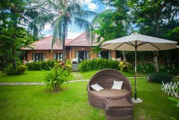 Vinh Hung Resort gardend