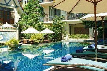 Ariyasom Villa pool